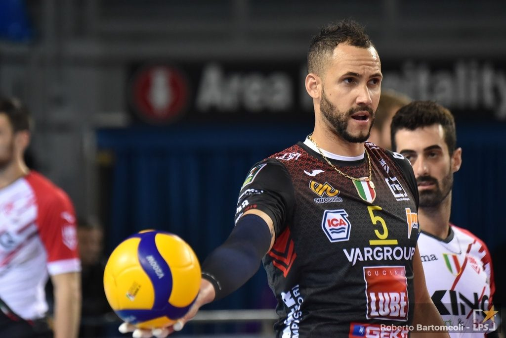 3_2019-11-07_2019230_ucine-lube-civitanova-vs-top-volley-la.jpg
