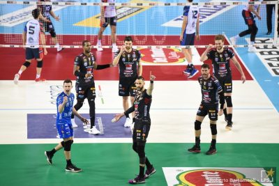 3_2020-01-22_2106570_quarti-di-finale-cucine-lube-civitanova-vs-vero-volley-monza-12.jpg