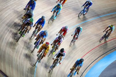 Ciclismo-su-pista-Pavel-L-Photo-and-Video-Shutterstock.jpg