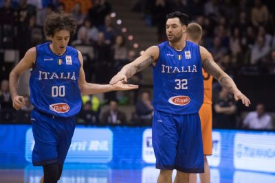 Della-Valle-e-Burns-Italia-basket-Ciamillo.jpg