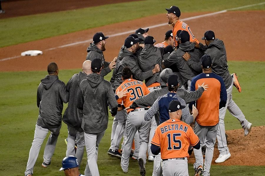 Houston-Astros-Baseball-Twitter-MLB.jpg