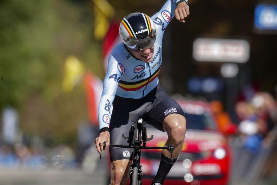 Remco-Evenepoel-Belgium-wins-Men-Junior-Individual-Time-Trial-at-the-2018-UCI-Road-World-Championships-InnsbruckTirol-in-Austria-1-e1537878248105.jpg
