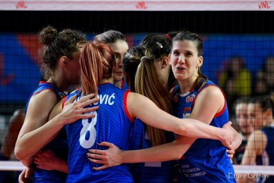 VOLLEY_nations-league-women-serbia-vs-italia_esultanza-serbia-Griffoni-_40076.jpg