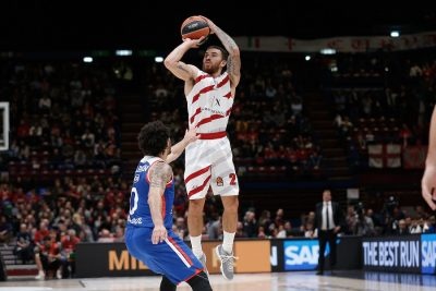 basket-mike-james-olimpia-milano-credit-ciamillo.jpg