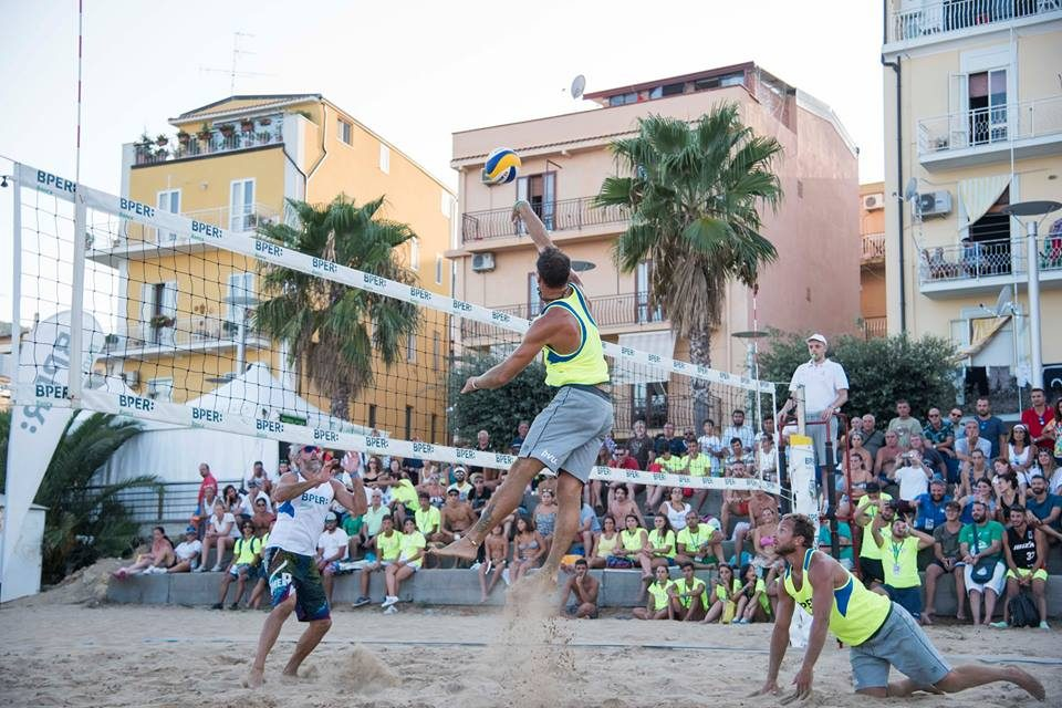 beach-volley-italia-tour-16.5.2018.jpg