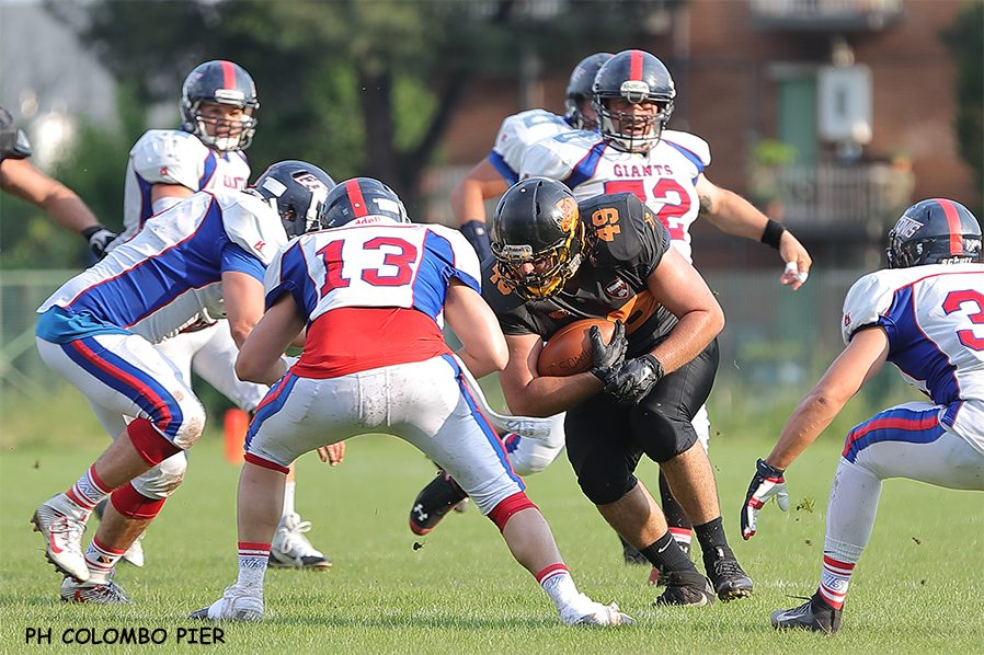 football-aamericano-rhinos-giants-1-ph-Colombo.jpg