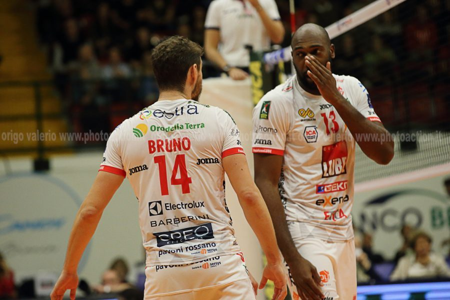 volley-civitanova-Simon-Bruno-origov-e1543649773146.jpg